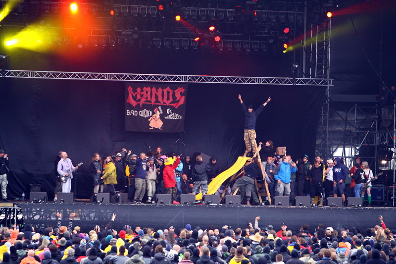 Manos, live, With Full Force 2011