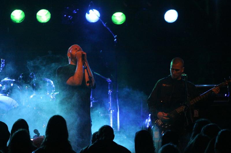 Bloodline, live, Under The Black Sund 2011