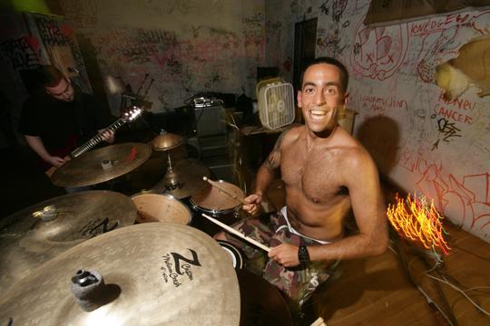 Cipher-Schlagzeuger Danny Bobis