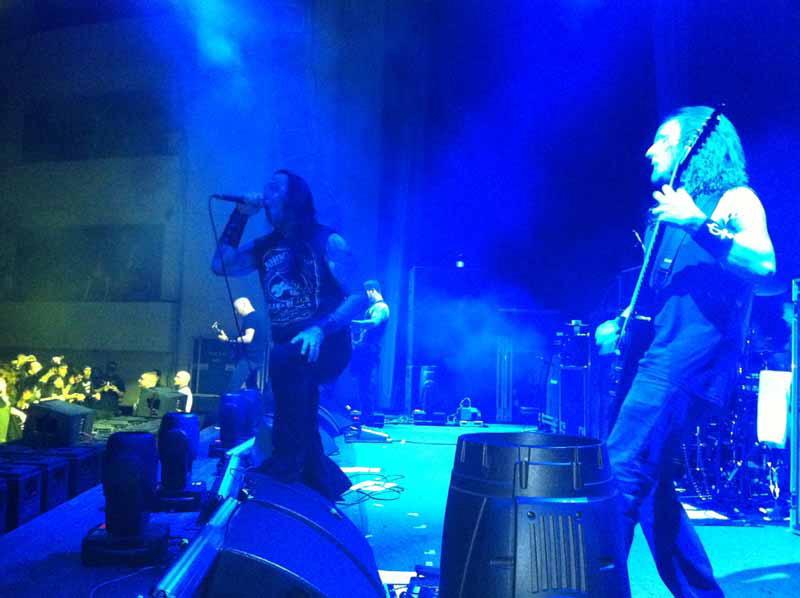 DevilDriver auf Tour mit Machine Head, 24.11. Neu-Isenburg, Hugenottenhalle