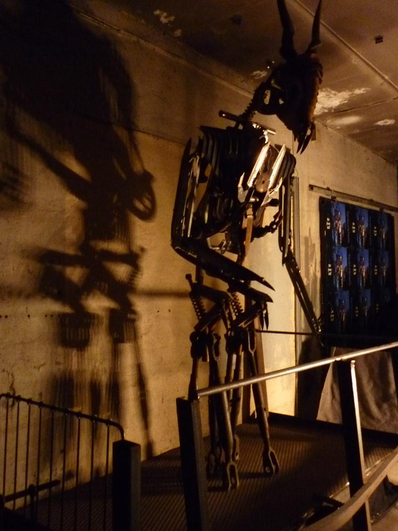 Black Metal Sightseeing: Kunst im Space Bunker