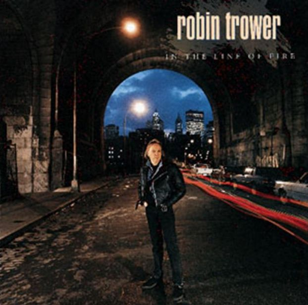 Robin Trower, In The Line Of Fire, Cover