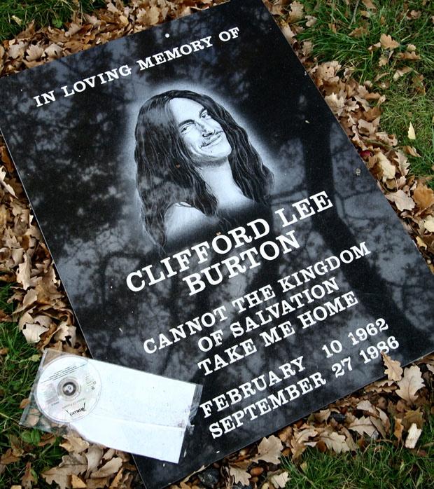 Gedenktafel für Cliff Burton, Metallica