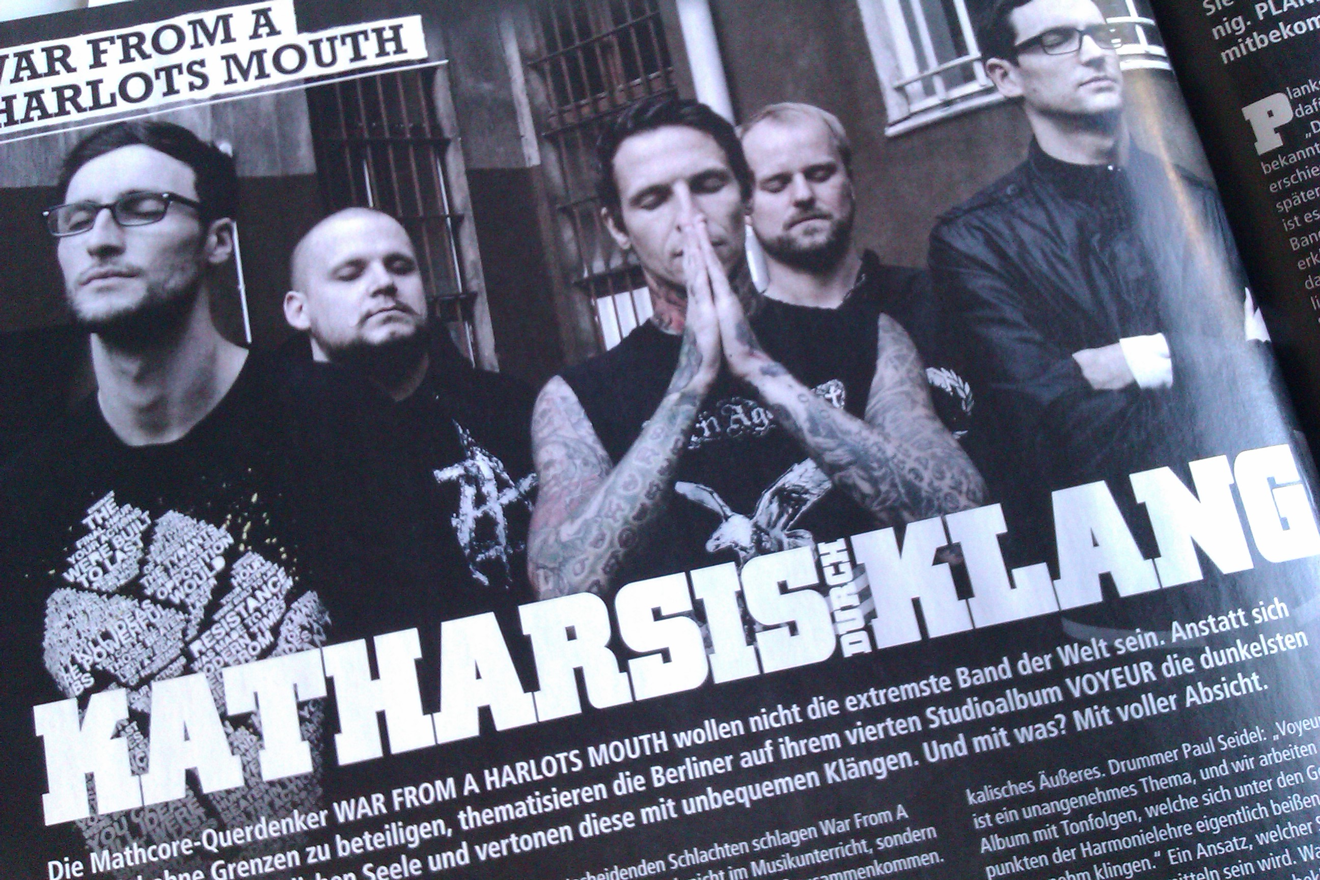 War From A Harlots Mouth in METAL HAMMER-Ausgabe 11/2012