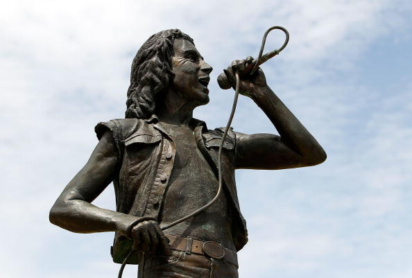 Die Bon Scott-Statue in Perth, Australien.