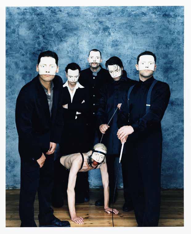 Rammstein, Pressebild 2011, entstanden 1997