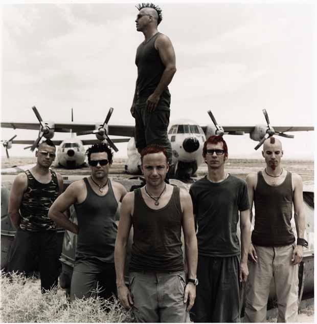 Rammstein, Pressebild 2011, entstanden 2001