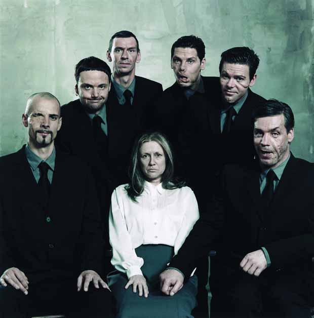 Rammstein, Pressebild 2011, entstanden 2000