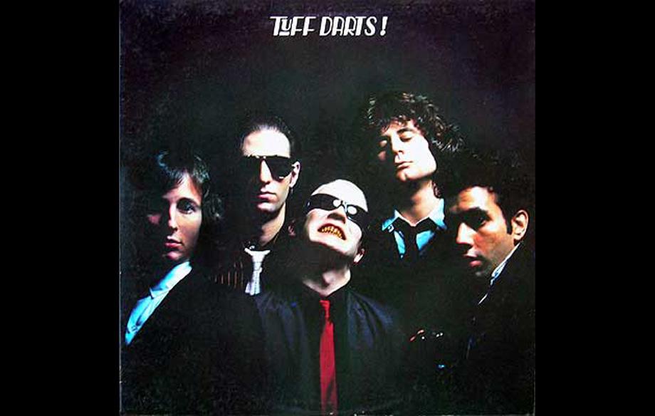 Empfehle eine Platte aus den 70er Jahren!  Ok, dieses Mal nehme ich zur Abwechslung mal kein Kiss-Album. Tuff Darts haben 197
