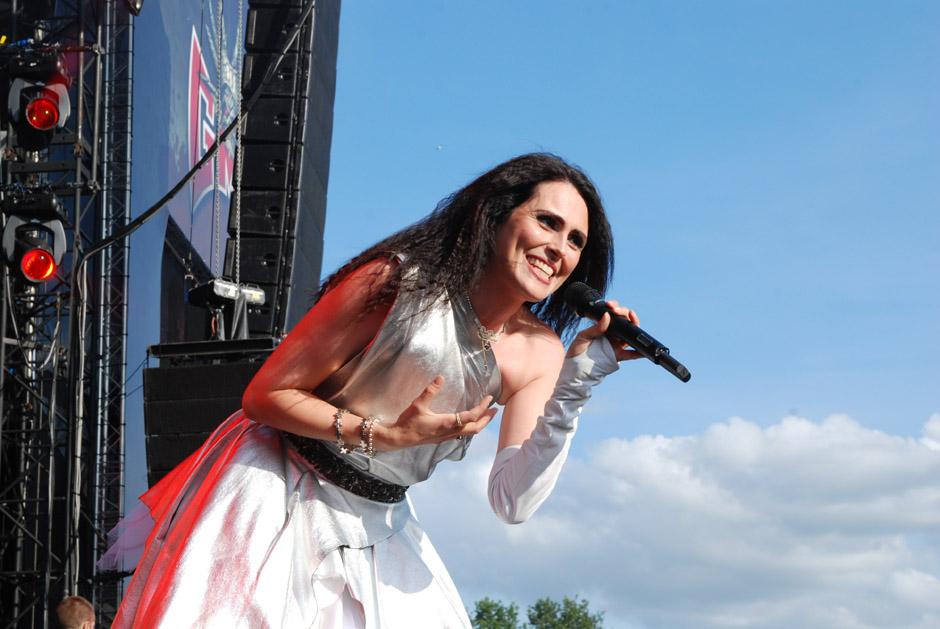 Within Temptation, Graspop Metal Meeting 2013