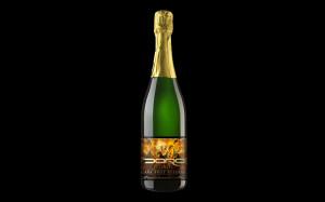 Doro mit Champagner und Wein