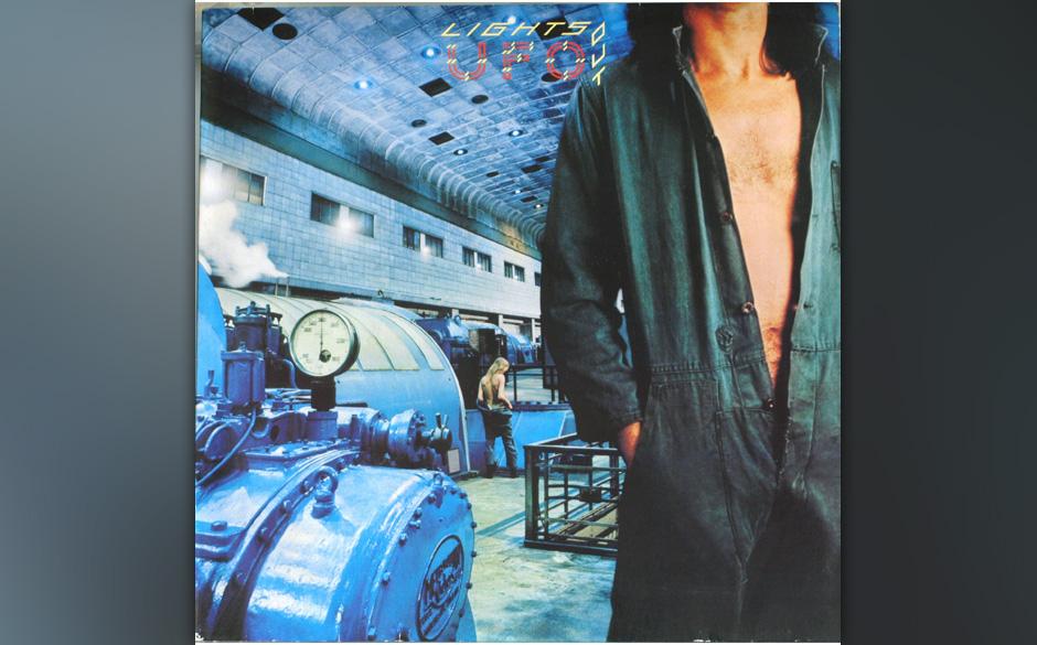 99. UFO: 'Lights Out' (1977) Beim sechsten Studioalbum erlaubte sich die Band um den britischen Sänger Phil Mogg und den deu