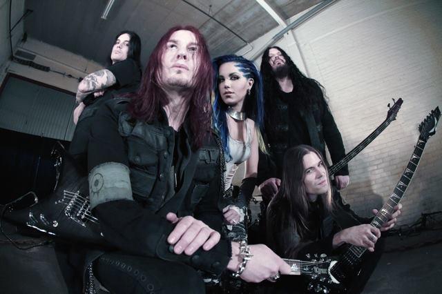 Arch Enemy mit Alissa White-Gluz