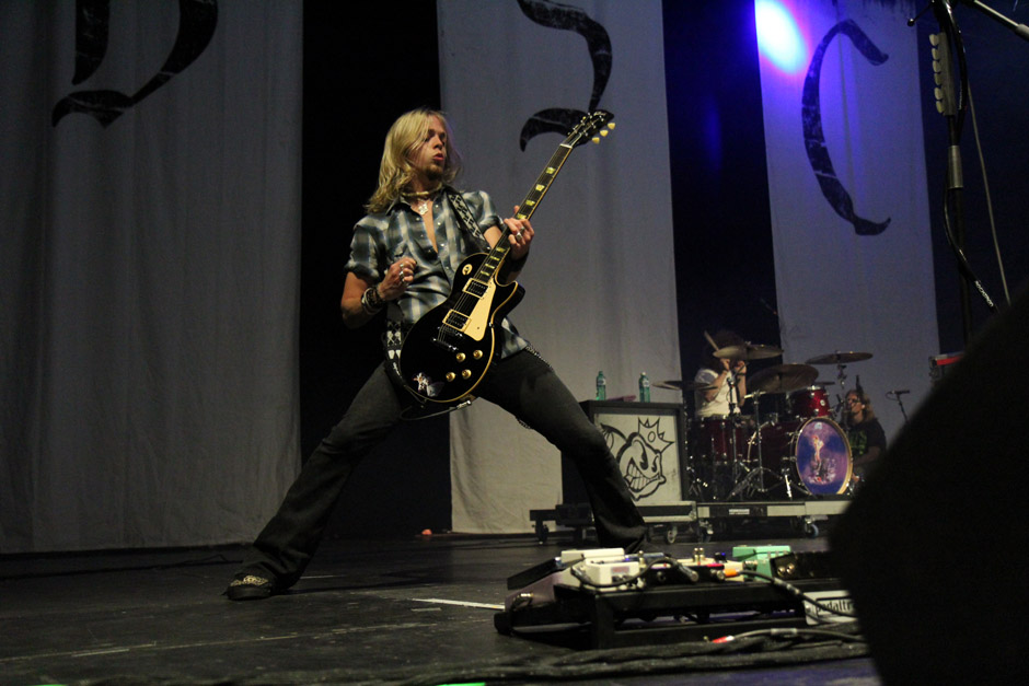 Black Stone Cherry live, Earshakerday 2012