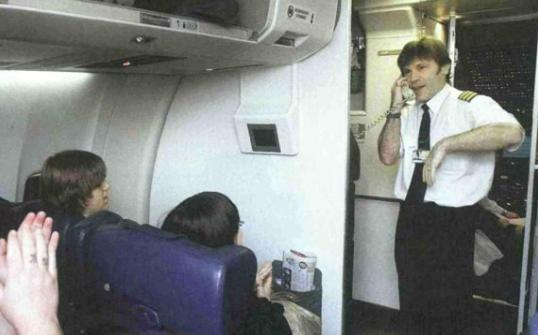 Als Pilot sollte man eben etwas seriöser wirken.