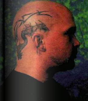 Danach kamen der Kahlschlag und die Tattoos auf dem Kopf...