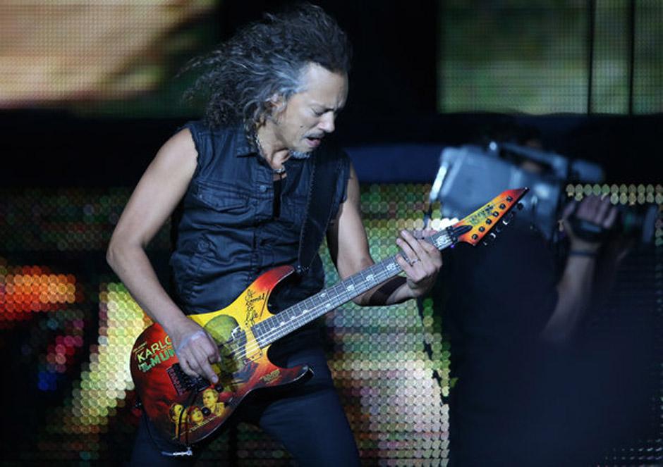 Kirk Hammet, Gitarrist der Band Metallica steht am 04.06.2014 in Hamburg auf der B¸hne der Imtech-Arena. Die US-Band Metalli