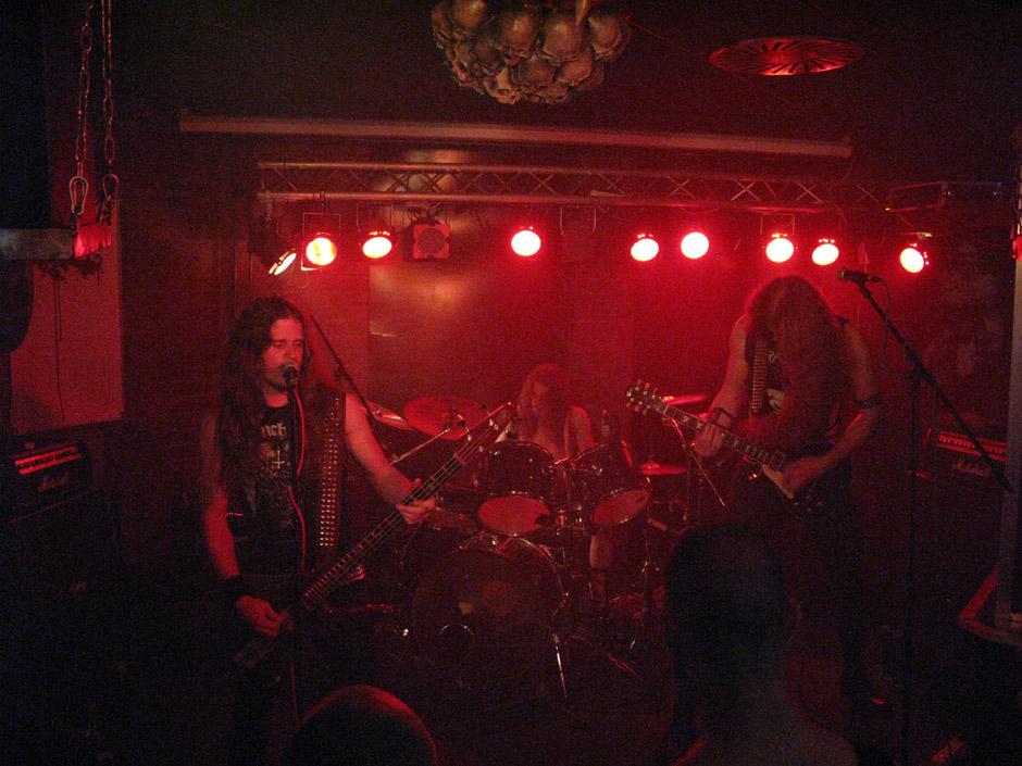 Hellbringer live, Blackland Berlin
