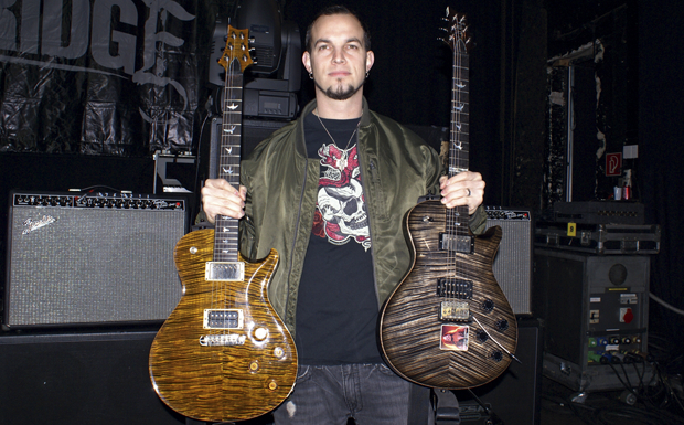 Mark Tremonti in Gear Of The Dark