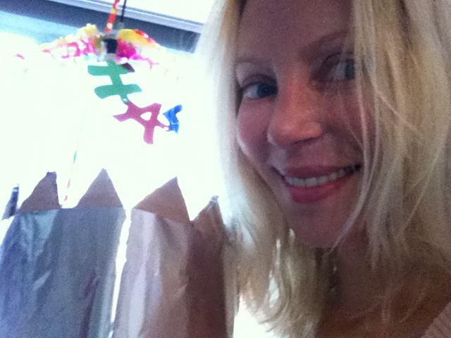 Angela Gossow (Ex-Arch Enemy) grüßt ihre Fans zum 40. Geburtstag