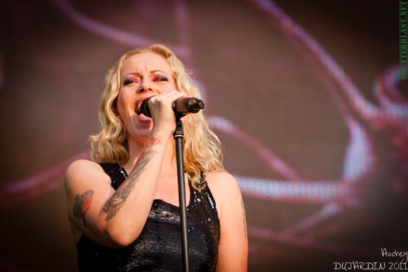 Devin und Anneke, live, Tuska Open Air 2011