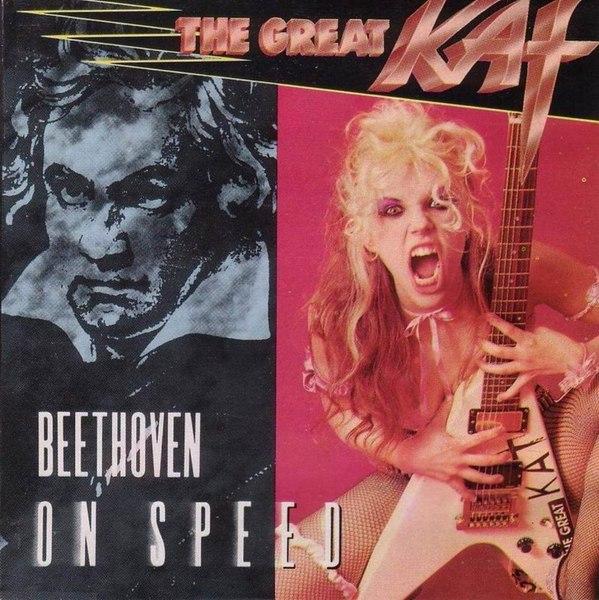 Die Gitarristin Katherine Thomas alias The Great Kat wird zu den schnellsten Metal-Schreddern aller Zeiten gezählt. 1990 hä
