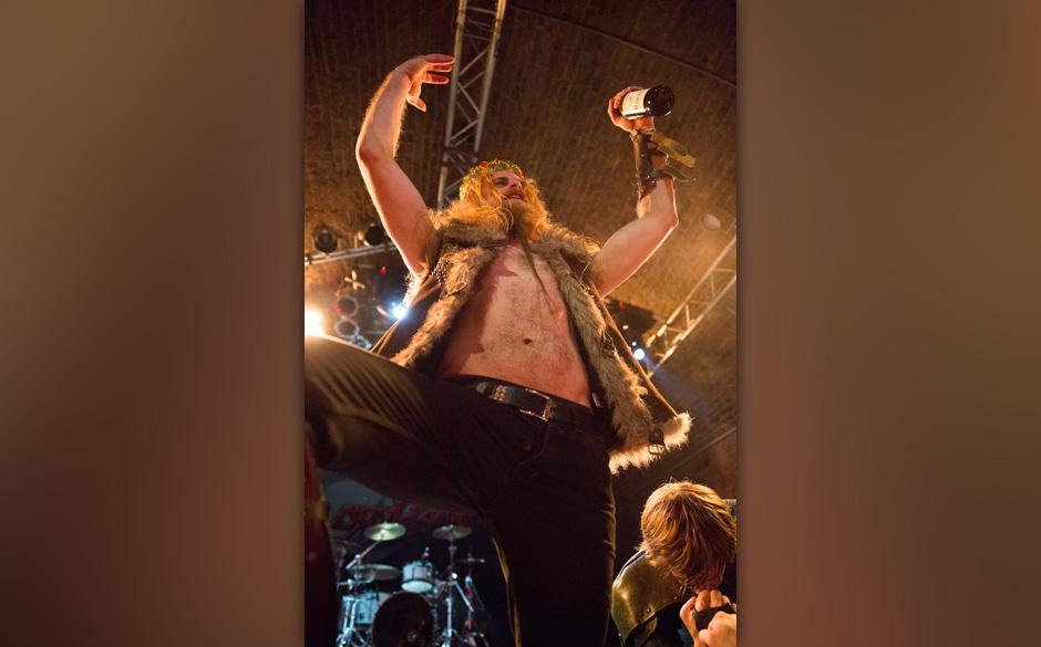 Gloryhammer live