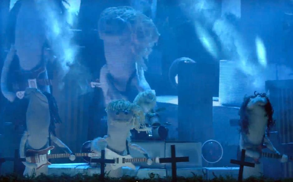 SockPuppetParody-Cover von Metallicas 'Master Of Puppets'