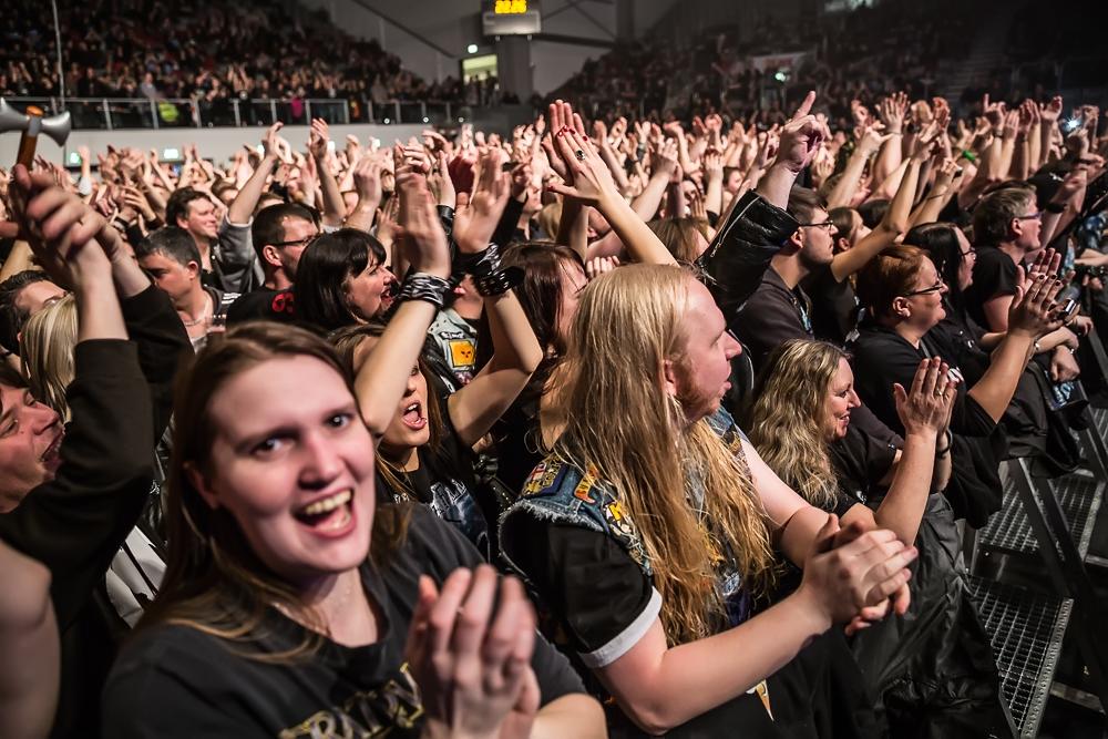 Hammerfall live, 07.02.2015, Bamberg, Brose Arena