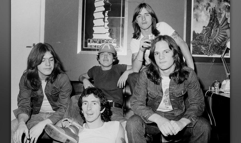 AC/DC group portrait, London, July 1976, L-R Malcolm Young, Bon Scott, Angus Young, Phil Rudd, Mark Evans. (Photo by Michael
