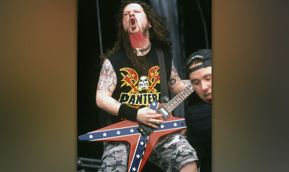 UNSPECIFIED - JANUARY 01:  Photo of Dimebag DARRELL and PANTERA; Dimebag Darrell performing live onstage  (Photo by Mick Huts
