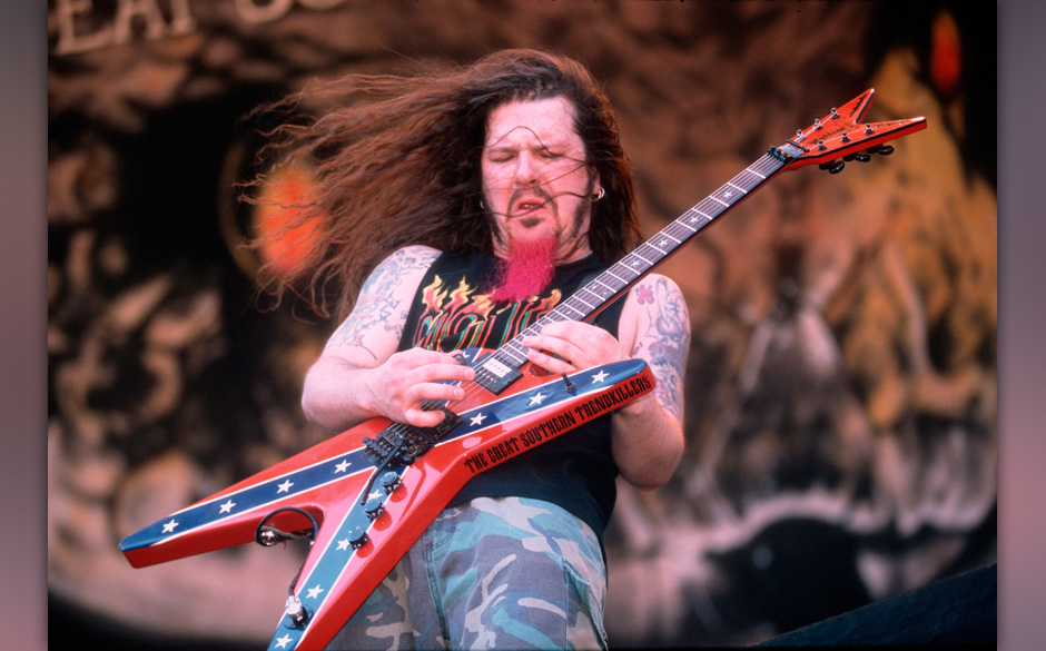 UNSPECIFIED - JANUARY 01:  Photo of Dimebag DARRELL and PANTERA; Dimebag Darrell performing on stage  (Photo by Mick Hutson/R