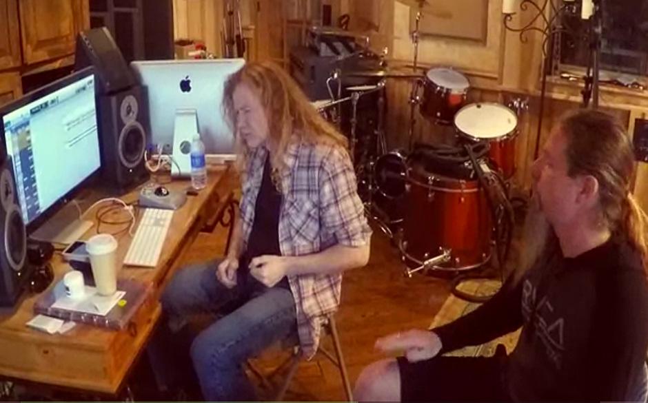 Dave Mustaine und Chris Adler gemeinsam bei den Aufnahmen