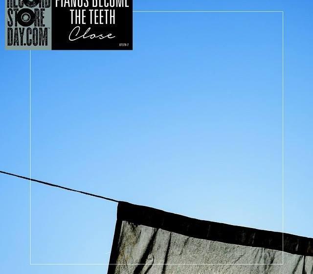 "Pianos Become The Teeth CLOSE - 7"", limiertes weißes, blaues, durchsichtiges Vinyl"
