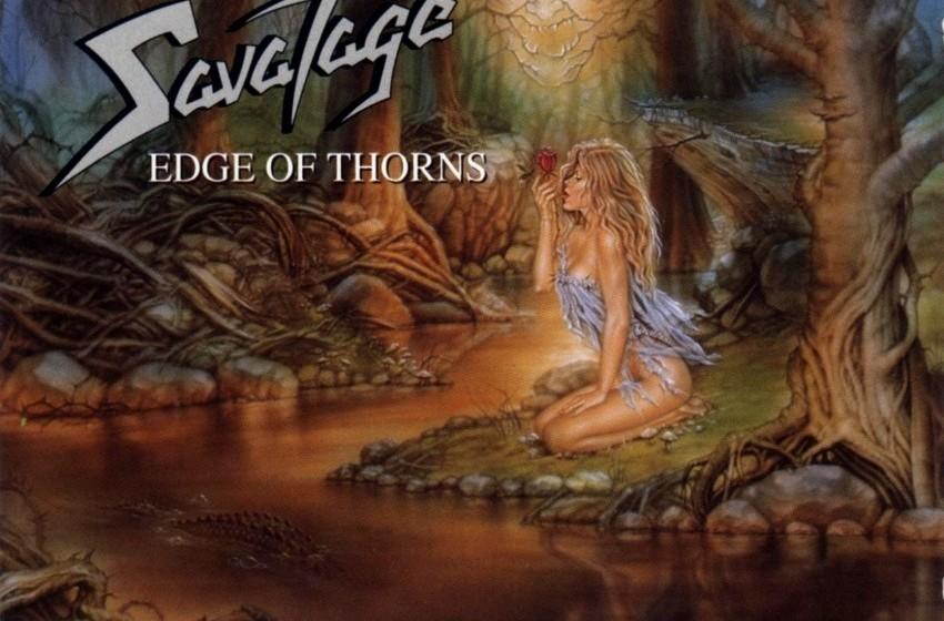 Erst mal an einer Rose lecken. Ganz klar. Aufgedeckt 1993 von der Progressive Metal-Gruppe Savatage auf dem Cover von 'Edge o