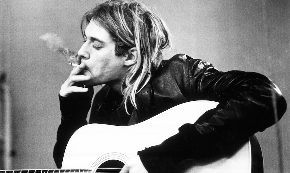 NETHERLANDS - NOVEMBER 25:  HILVERSUM  Photo of Kurt COBAIN and NIRVANA, Kurt Cobain recording in Hilversum Studios smoking c