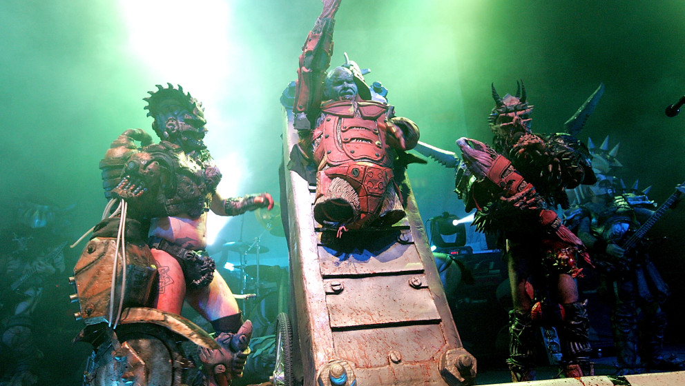 AUSTIN, TX - SEPTEMBER 27:  Vocalist Oderus Urungus (R) performs in concert with GWAR at the Austin Music Hall on September 2
