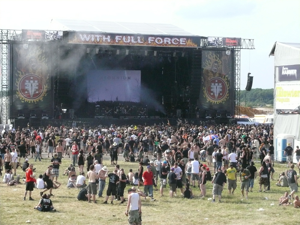 With Full Force 2012: Fans und Freaks