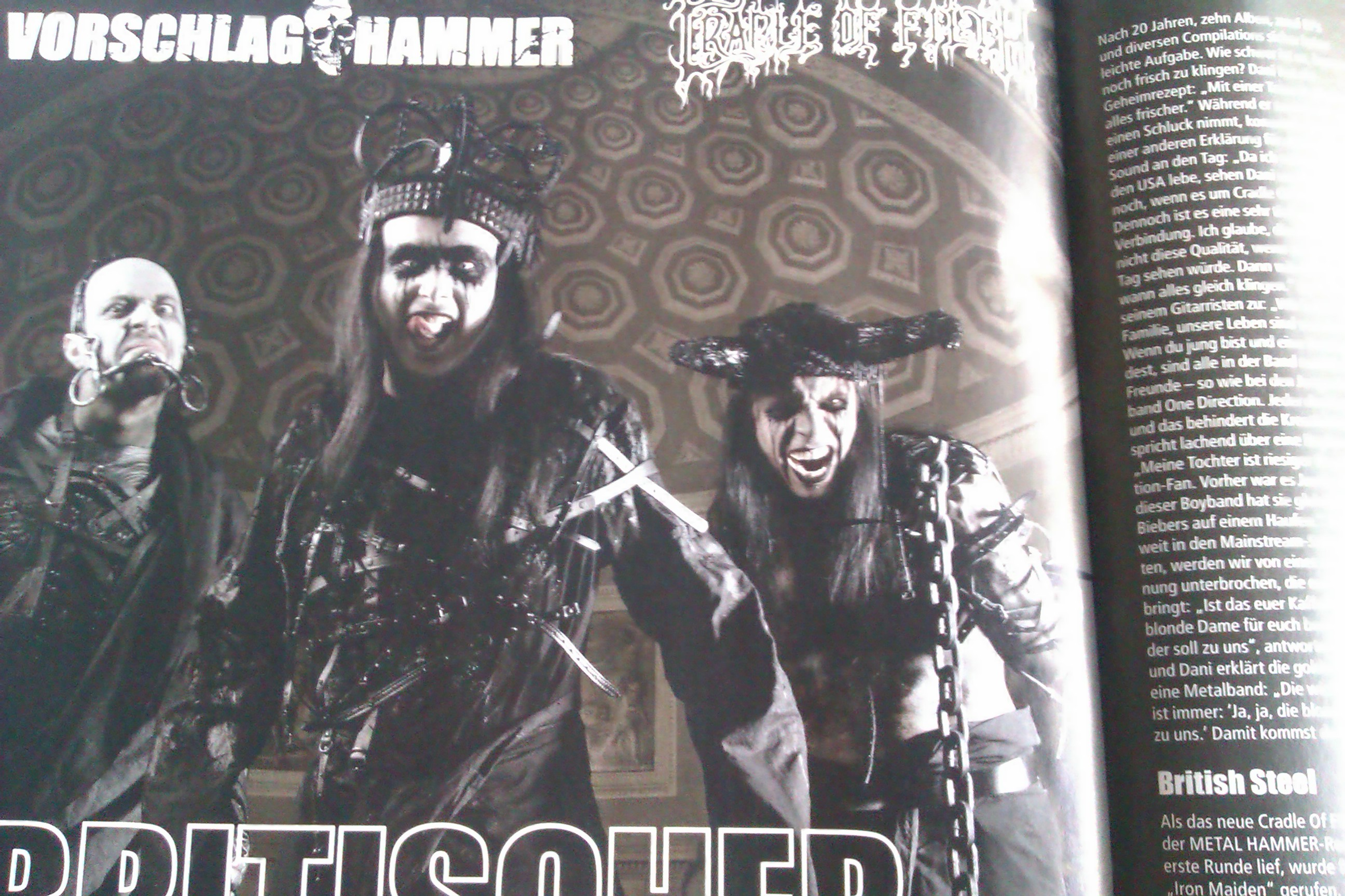 Cradle Of Filth in METAL HAMMER 11/2012