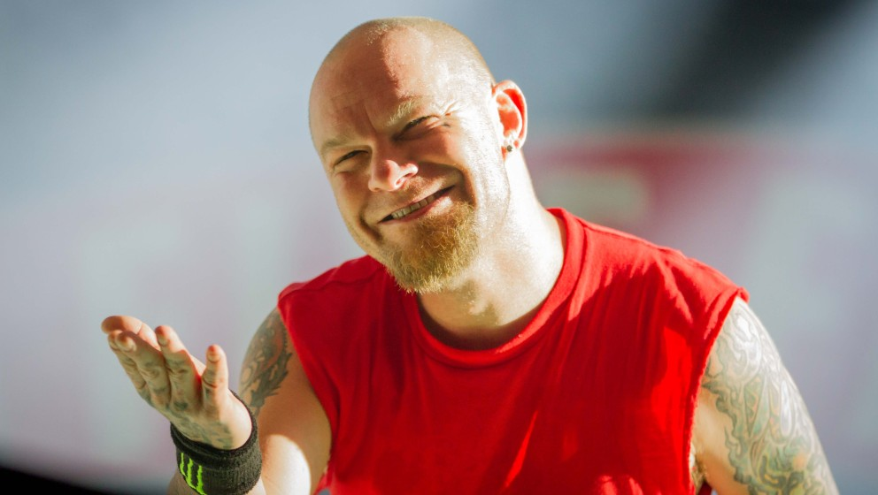 Five Finger Death Punch auf dem Rock Im Revier 2015