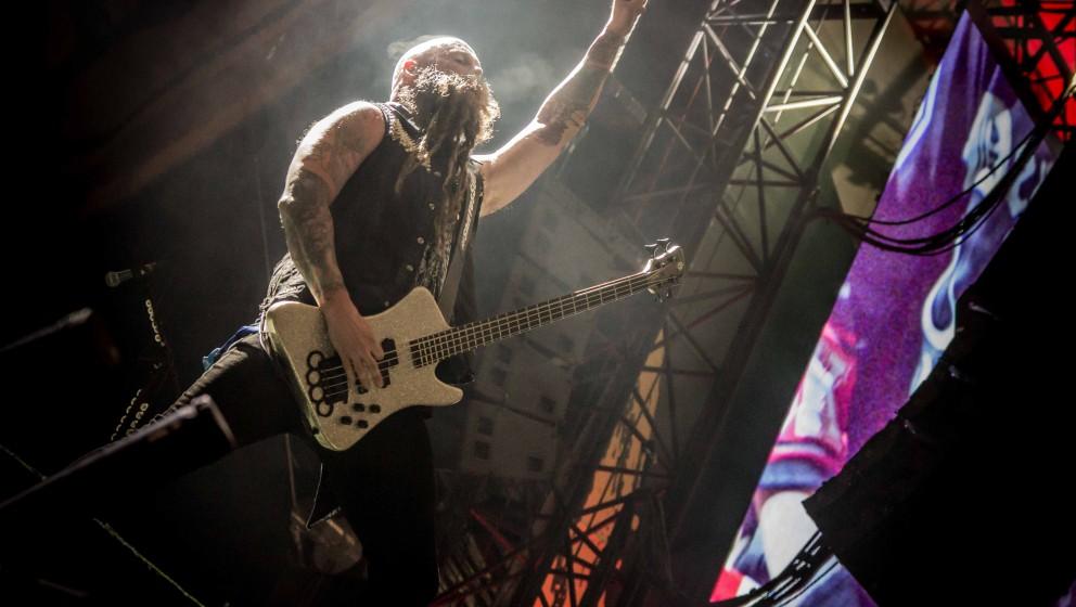Five Finger Death Punch auf dem Rock Im Revier 2015