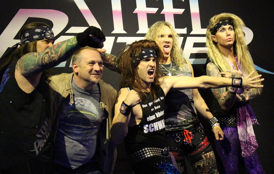 Auf Tour mit Steel Panther 2015