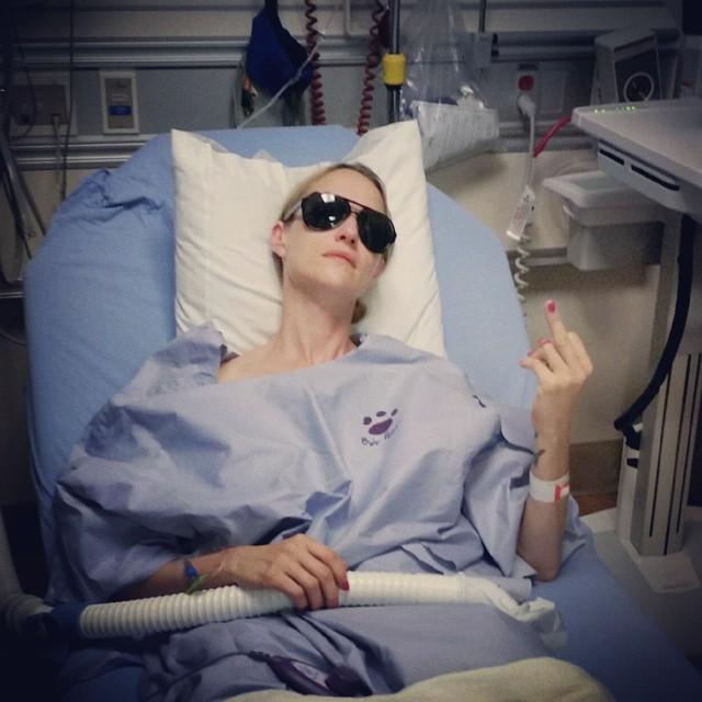 Huntress-Sängerin Jill Janus im Krankenhaus