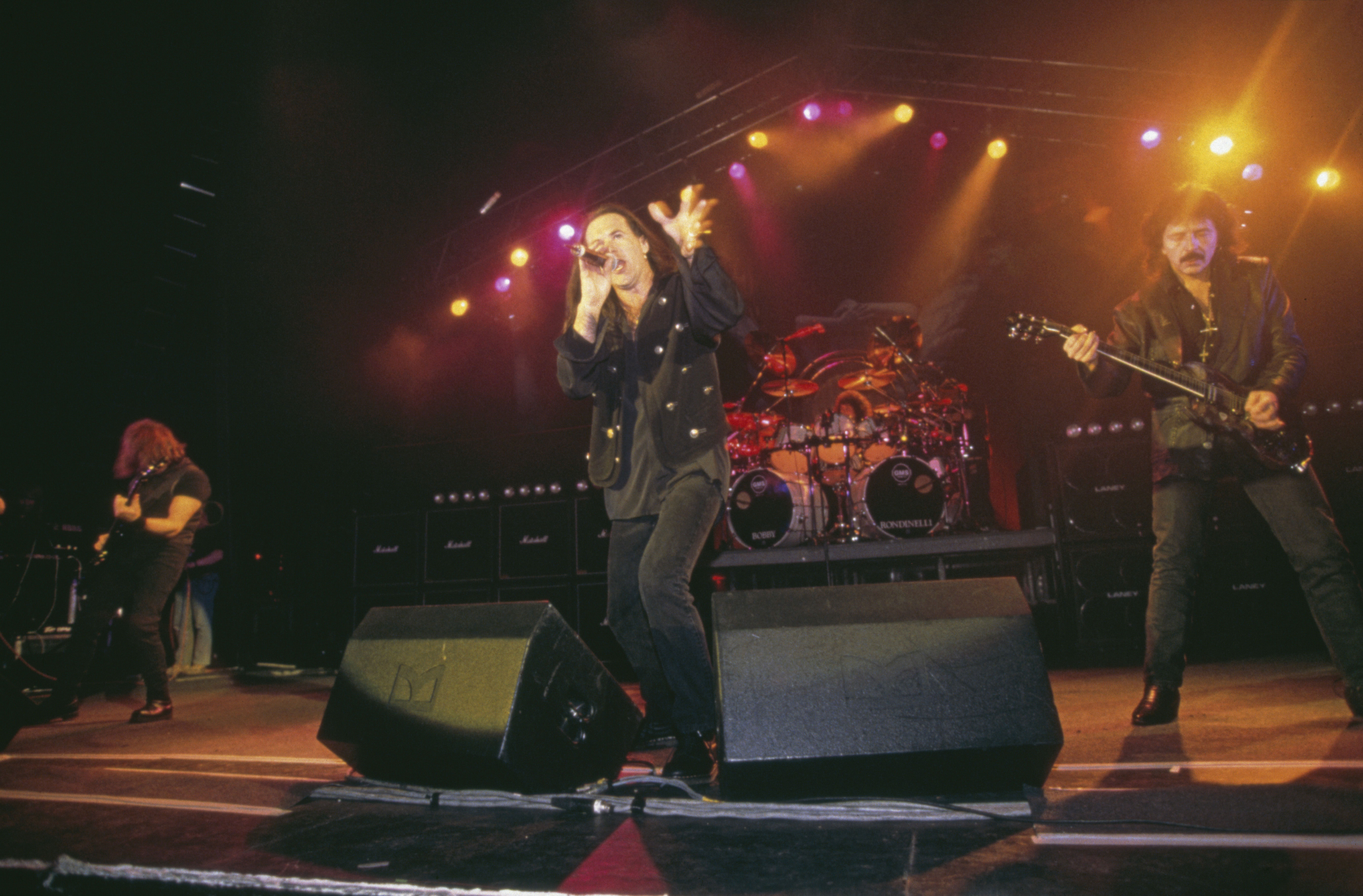 Tony Martin sing bei Black Sabbath (1994)