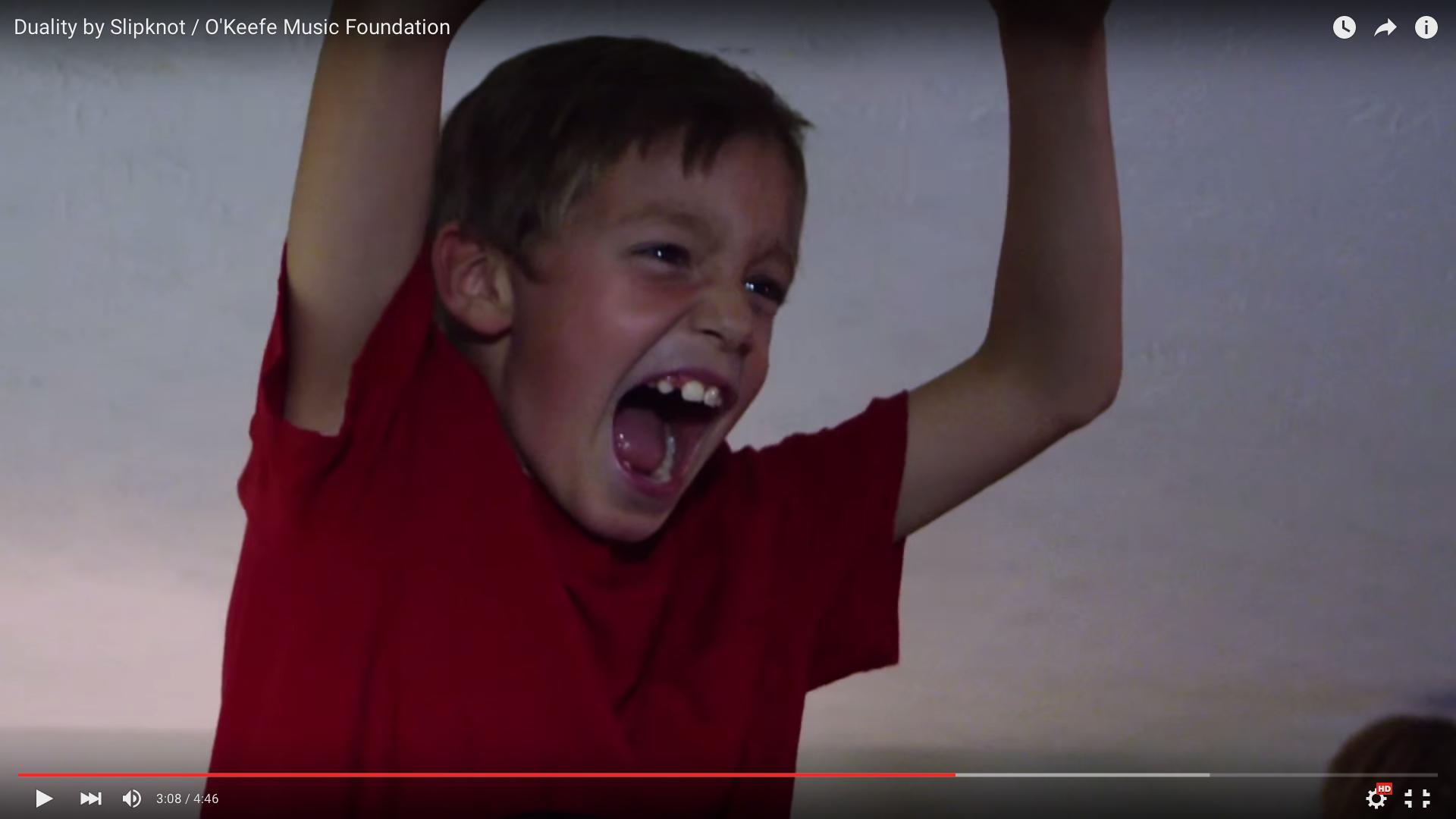Ausschnitt aus dem Video zum Kinder-Cover von Slipknot.