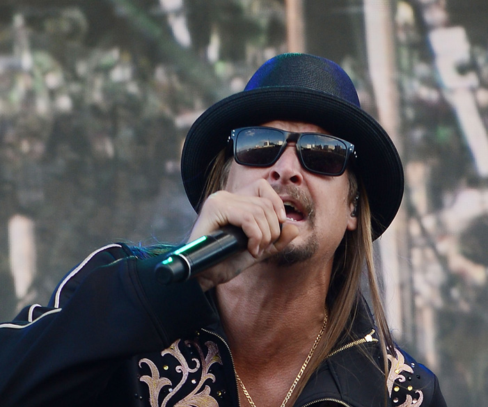 LAS VEGAS, NV - NOVEMBER 15:  Kid Rock performs at the GEICO Rock 'n' Roll Las Vegas marathon on November 15, 2015 in Las Veg
