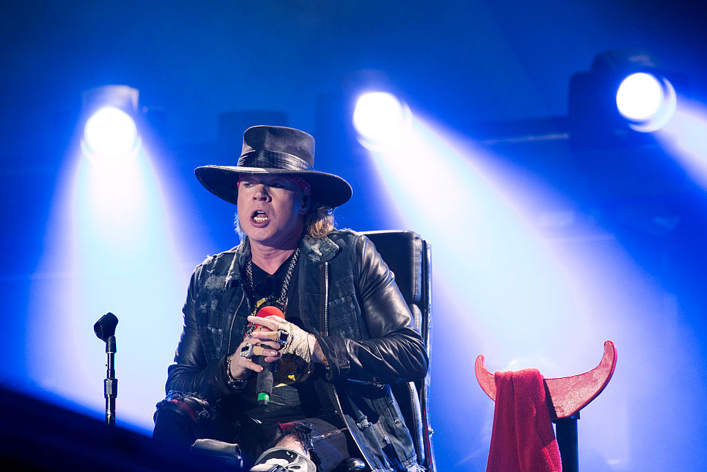 LISBON, PORTUGAL - MAY 07:  Axl Rose performs with AC/DC on the opening night of Rock or Bust Tour at the Passeio Maritimo De
