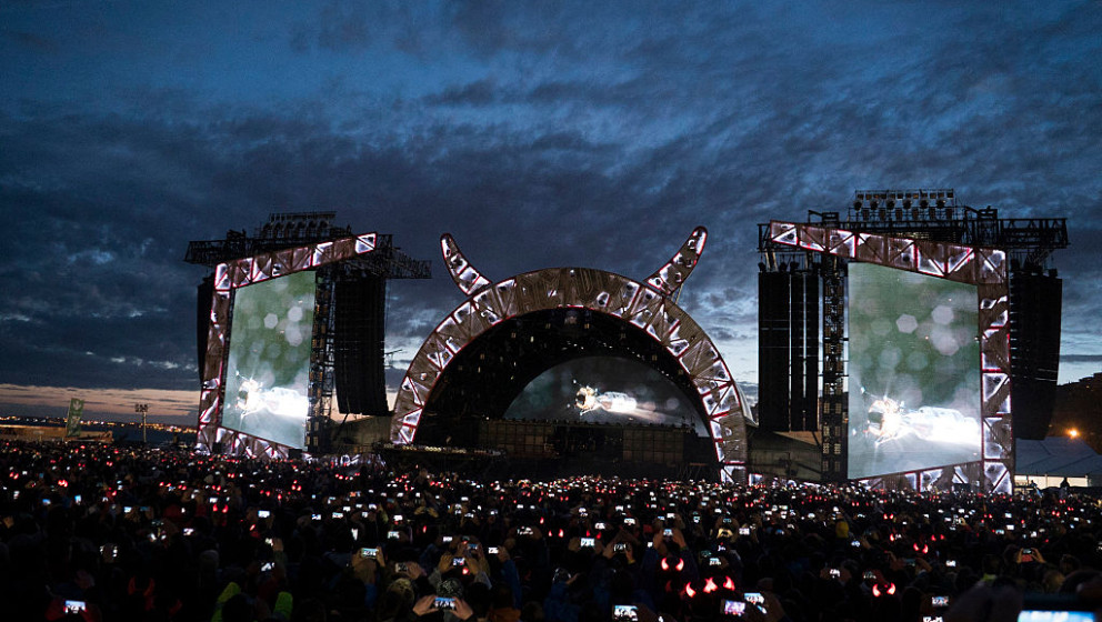 LISBON, PORTUGAL - MAY 07: A general view as AC/DC perform on the opening night of Rock or Bust Tour at the Passeio Maritimo