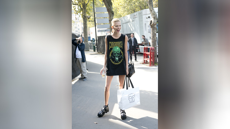 PARIS, FRANCE - OCTOBER 4: Model wears a Metallica t-shirt on day 6 during Paris Fashion Week Spring/Summer 2016/17 on Octobe