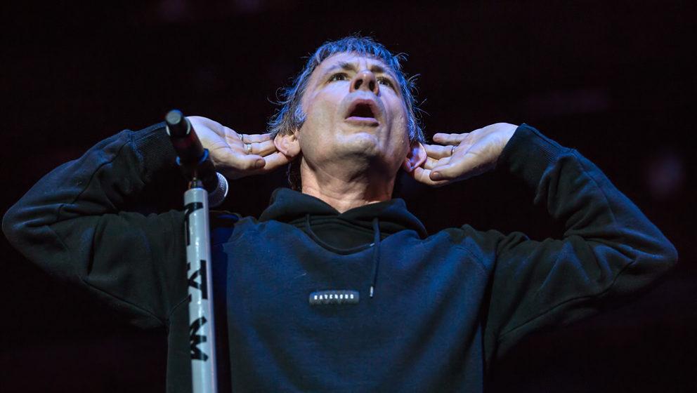 Iron Maiden-Frontmann Bruce Dickinson beim Rockavaria 2016